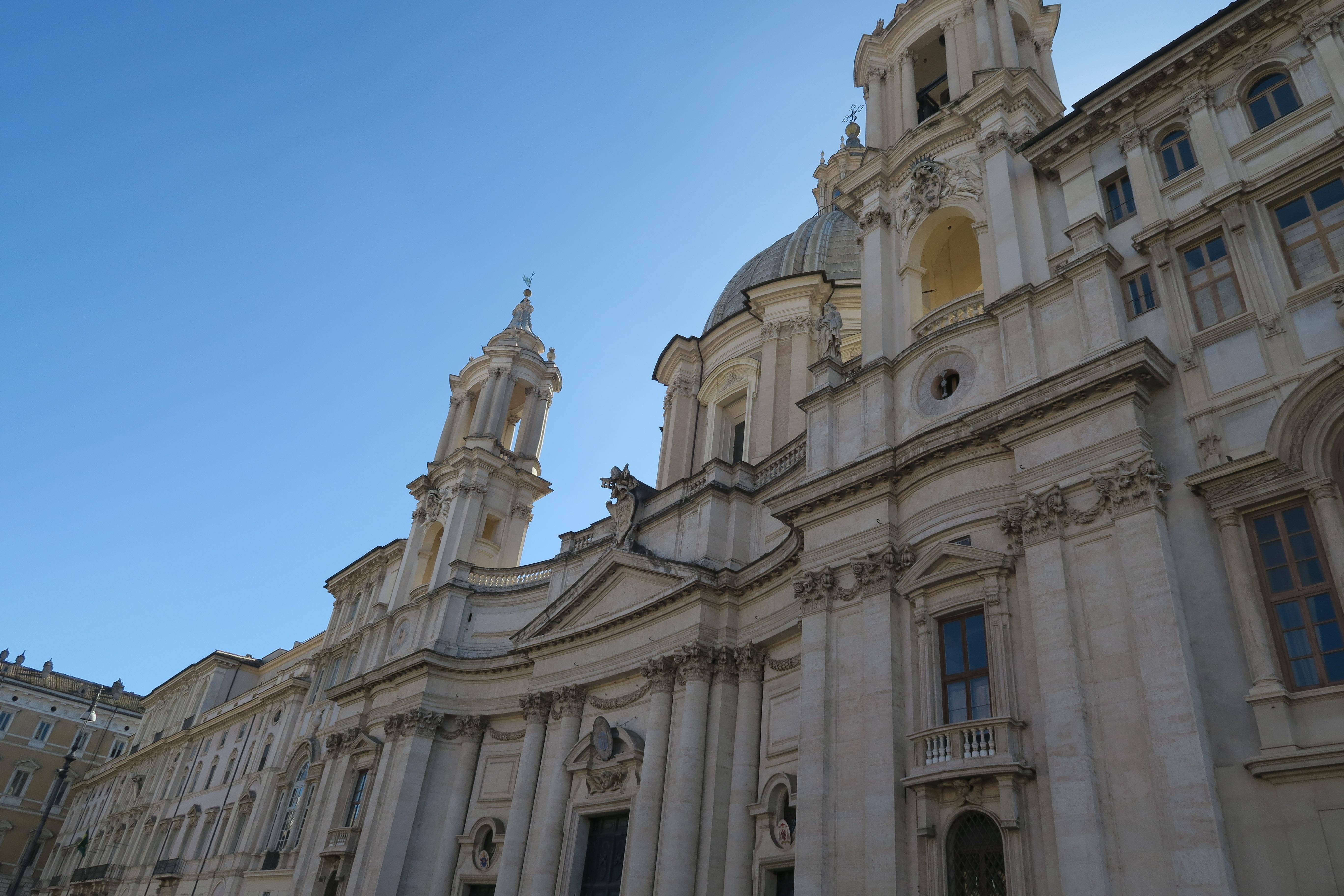 SheHearts Piazza Navona
